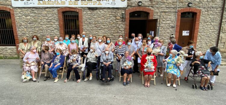 Homenaje a las Alumnas y Maestras de la Antigua Escuela de Niñas de Arenas de Iguña (1917/1963)